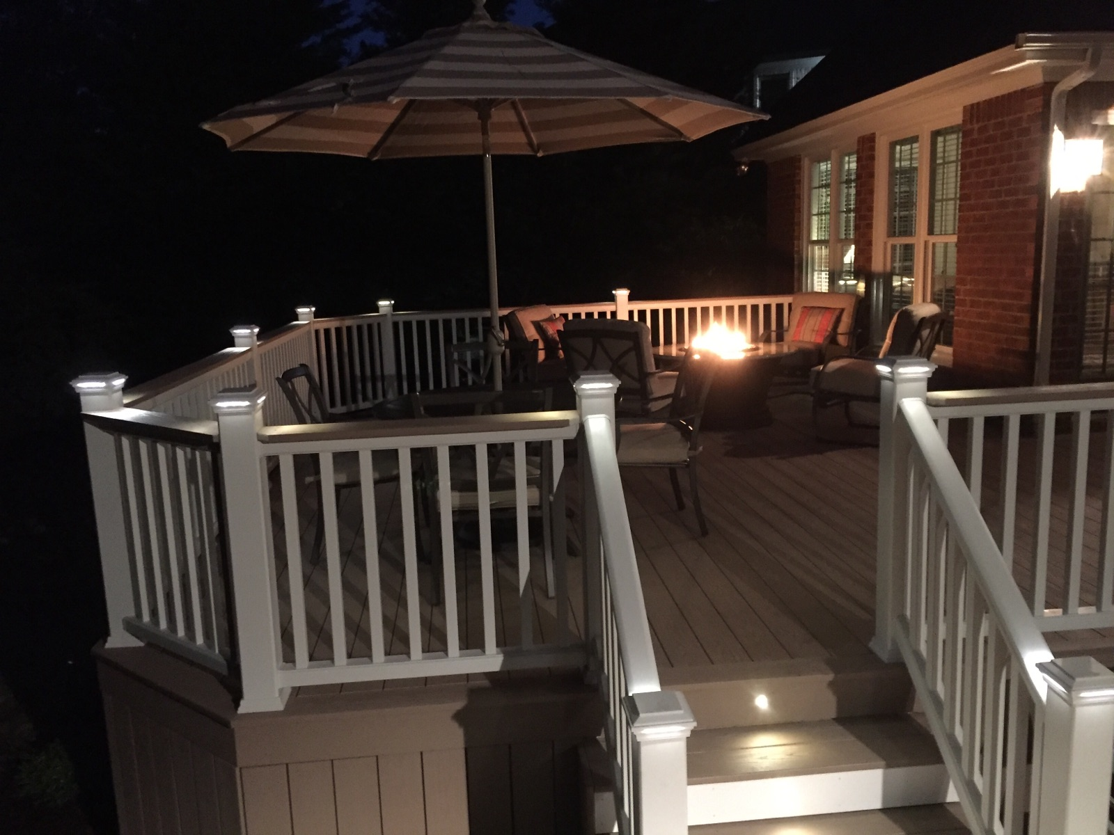Azek Deck With Lighting